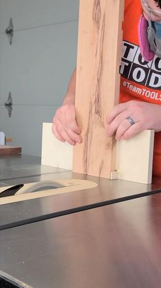 Woodworking Ideas Table, Woodworking Techniques, Woodworking Projects Diy, Woodworking Crafts, Woodworking Jigsaw, Woodworking Guide, Woodworking Furniture, Teds Woodworking, Wood Shop Projects