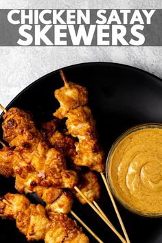 Chicken Satay Skewers – Deliciously juicy and tender chicken pieces marinaded in a satay sauce, and baked in the oven on skewer sticks. Serve with extra satay sauce for dipping for a lunch/dinner everyone will enjoy! Chicken Pesto Pasta Bake, Chicken Satay Skewers, Homemade Peanut Sauce, Skewer Sticks, Honey Lime Chicken, Grilled Meat, Tandoori Chicken, Oven, Lunch
