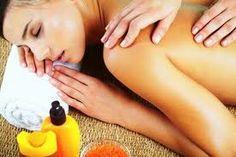 Treat Yourself: Homemade Massage Oils Massage Tips, Good Massage, Massage Techniques, Massage Therapy, Home Body Wraps, Diy Scrub, Deep Tissue, Reflexology, Treat Yourself