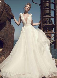 Wedding dresses ( Lau Fancy ) Pinterest. 💐 💒