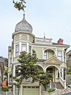 Exterior design ~ Victorian house, san francisco