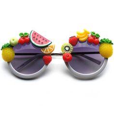 Marre de vos lunettes de vue ? Envie de pouvoir acheter rapidos des lunettes de soleil à la boutique du remonte- pente sans qu'elles soient adaptées à votre vue ? C'est possible très facilement désormais ! L'opération des yeux au laser est ultra-rapide : moins d'une heure ! Et en plus, même pas mal !
