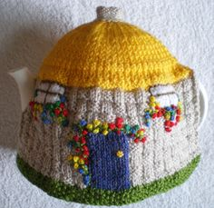 Hand knitted Tea Cosy English Country Thatched by ♡ Hand Knitting, Knitting Patterns, Knitted Tea Cosies, Knitted Hats, Teapot Cover, Tea Cozy, My Tea, Couture, Crochet Dresses
