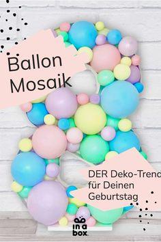 Den Party-Trend Ballon Mosaik kannst Du jetzt ganz einfach zu Hause nachmachen! Wir liefern Dir dafür alles, was Du benötigst in nur einer Box! Unser tolles Tutorial hilft Dir zudem, dein wundervolles Ballon Mosaik zu zaubern. Das Mosaik wird mit Sicherheit der Hingucker auf jeder Party! Party Box, Diy Party, Unicorn Balloon, Party Decoration, Balloons, Rainbow Balloons, Theme Ideas, Unicorn Party, Confetti