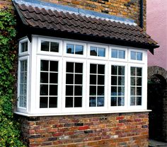 Types of bay windows bay window index carpentry for Bow window construction detail