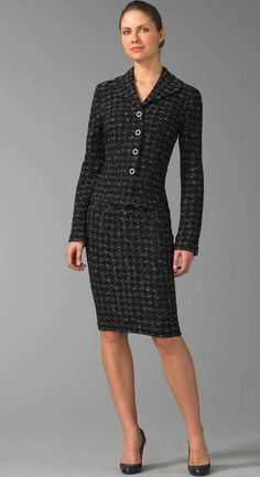 Pin by robin shull on business savvy женская одежда, одежда, Classy Work Outfits, Classic Outfits, Office Outfits, Fashion 101, Fashion Tips For Women, Fashion Outfits, Gown Suit, Dress Suits, Skirt Suits