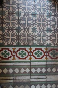 I  ♥ vintage tiles