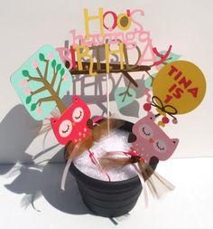 Items similar to Owl Girl Themed Party Centerpiece Sticks Set of 5 Personalized With Name and Age - Woodland on Etsy Owl Party Decorations, Party Centerpieces, Birthday Party Themes, Girl Birthday, Girl Themes, Second Grade, Owls, Party Time, Sticks
