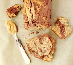 marbled chocollate and peanut butter banana bread
