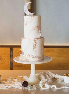 pastel wedding cake next to me studios hey there cupcake Pastel Wedding Cakes, Metallic Wedding Cakes, Pastel Cakes, Black Wedding Cakes, Pastel Weddings, Spring Weddings, Gold Weddings, Indian Weddings, Romantic Weddings