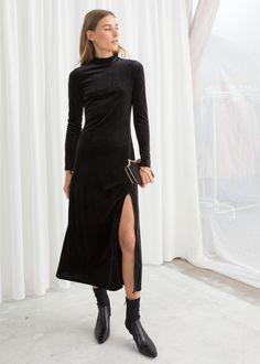 Model front image of Stories velvet turtleneck midi dress in black Black Midi Skirt, Navy Midi Dress, Floral Midi Dress, Dress Skirt, Midi Dresses, Dress Black, Francescas Dresses, Wearing All Black, Fashion Story