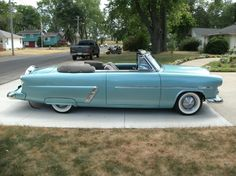 Ford 1952 Sunliner Convertible, blu 1