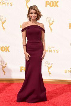 Sarah Hyland in Zac Posen at the 2015 Emmys.
