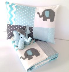 Pachy the Elephant Baby Crib Quilt blue by AlphabetMonkey Baby Boy Quilts, Baby Boy Rooms, Baby Boy Nurseries, Crib Quilts, Elephant Quilt, Baby Elephant, Elephant Cushion, Baby Quilt Patterns, Patchwork Baby