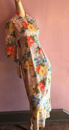 1940's Hawaiian dress with kimono sleeve