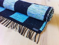 Toras Vävstol Woven Rug, Plaid Scarf, Hand Weaving, Crochet, Rag Rugs, Blanket, Weave, Blog, Patterns
