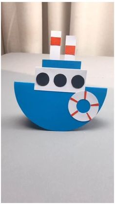 DIY Crafts for Kids-How to Make Paper Plate Ship-DIY Tutorial #transport #crafts #for #kids #transportcraftsforkids Paper Crafts Origami, Diy Crafts For Gifts, Paper Crafts For Kids, Craft Activities For Kids, Creative Crafts, Preschool Crafts, Diy For Kids, Fun Crafts, At Home Crafts For Kids