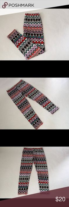 Zig Zag Colored Print Leggings These leggings are New and have Never been worn!!                                                                        **Reasonable Offers Only** Say What? Pants Leggings