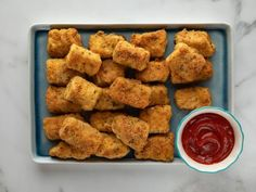 4 Points About Vintage And Standard Elizabethan Cooking Recipes! Get Parmesan Fish Sticks Recipe From Food Network Fish Recipes, Seafood Recipes, New Recipes, Cooking Recipes, Favorite Recipes, Sandwich Recipes, Vegan Sandwiches, Family Recipes, Seafood