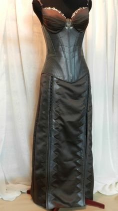 Hey, I found this really awesome Etsy listing at https://www.etsy.com/ca/listing/163397724/legend-of-the-seeker-kahlans-corset