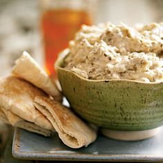 Caviar d'Aubergine (Eggplant Spread) What's the secret to getting the best flavor out of your eggplant? Grill it—or just stick it under the. Caviar D'aubergine, Moroccan Dishes, Think Food, Greek Recipes, Dip Recipes, Fun Cooking, Mediterranean Recipes, International Recipes, Pasta