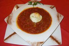 Zuppa di pomodoro e cipolla