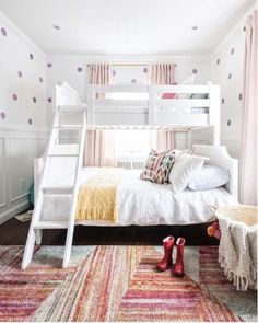 Teen Girl Bedrooms - Basic to truly comfortable bedroom decor ideas. For other cushy styling plan 3886790646 . please pop to these pin image immediately. Teen Girl Bedrooms, Big Girl Rooms, Kids Bedroom Organization, Girl Bedroom Designs, Fashion Room, Diy Bedroom Decor, Home Decor, Kids Room, Interior Design