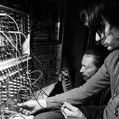 Nigel Godrich shares photo of Thom Yorke and Jonny Greenwood | Gigwise