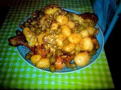 recette Tajine poulet olive-amandes grillés Food And Drink, Chicken, Meat, Vegetables, Gourmet, Roasted Almonds, Cooking Food, Exotic Food, Chicken Legs