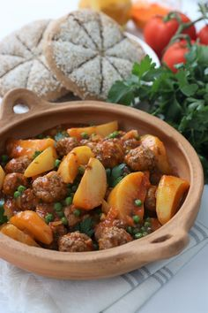 Lobster, chanterelles and clams - Healthy Food Mom Tajin Recipes, Pork Recipes, Cooking Recipes, Healthy Recipes, Chicken Recipes, Healthy Food, Food Platters, Food Dishes, Chorizo