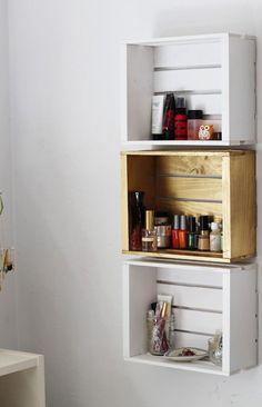 meuble salle de bains pas cher 30 projets diy bois vieilli commode en bois et vasque. Black Bedroom Furniture Sets. Home Design Ideas