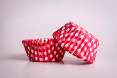 CUPCAKE baking cups paperbased check red white 125 di buyititaly, €2.99