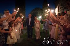 This is the end of the dinner at Villa San Crispolto...An amazing, romantic and typical italian wedding! Photos by Stefano Nannucci