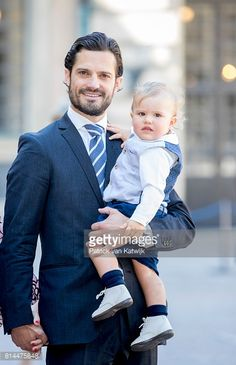prince-carl-philip-of-sweden-and-prince-alexander-arrive-for-a-on-picture-id814475848 384×594 pixels