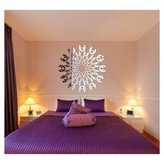Okrúhle nalepovacie zrkadlo na stenu Bed, House, Furniture, Home Decor, Decoration, Frames, Decor, Decoration Home, Stream Bed