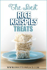 The Best Rice Krispies Treats. A few tweaks to the original recipe turns out the best rice krispies treats you will ever taste! Rice Krispy Treats Recipe, Rice Crispy Treats, Krispie Treats, Rice Krispies, Yummy Treats, Sweet Treats, Recipe Treats, Just Desserts, Delicious Desserts