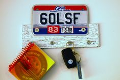 gifts for guys guest tutorial- license plate key hanger by lemontree creations | kojodesigns