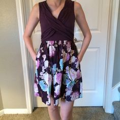 FINAL PRICE Anthropologie cotton dress w/ pockets 95% Cotton/5% Spandex - Size Small (will fit size 2/4) - Solid on top/floral print on bottom. This adorable dress is lightweight, in good condition and can be dressed down with sandals or dressed up with wedges! Has pockets!  Anthropologie Dresses