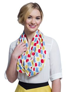 Functional and pretty // Star Trek Atomic Delta Pattern Infinity Scarf Star Trek Clothing, Star Trek Gifts, Pretty Star, Geek Gear, Gareth Pugh, Get The Look, Infinity, Geek Stuff