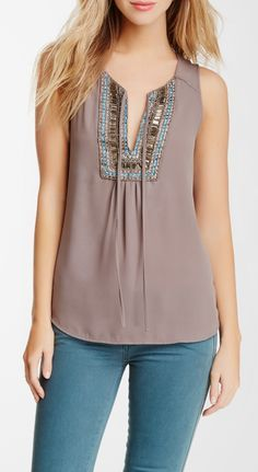 Bellatrix Embroidered Beaded Sleeveless Blouse – New York City Fashion Styles Modest Fashion, Fashion Outfits, Fashion Trends, City Fashion, Fashion Styles, Shirt Bluse, Mode Style, Sleeveless Blouse, Blouse Designs