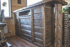 Wooden bar table. Деревянная барная стойка.