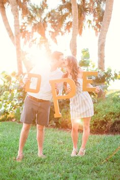 save the date photo idea - big monogram letters / photo: hunterryanphoto.com