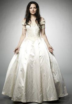 Snow White, white gown