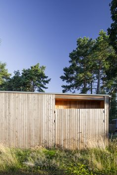 Image 19 of 25 from gallery of Villa Ljung / Johan Sundberg. Photograph by Markus Linderoth Architecture Art Design, Amazing Architecture, Wooden Facade, Villa, Wood Cladding, Building Contractors, Small Cottages, Brick Flooring, Building Structure