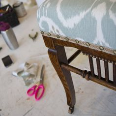 chair makeover! // Your Yoko #upholstery #DIY