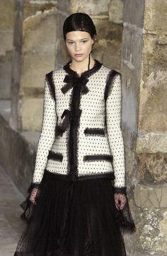 Chanel - Haute Couture - Fall / Winter 2003