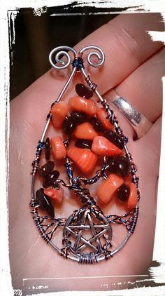 Wirewrapped tree of life... Lebensbaum Granat und Koralle