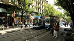 Top 20 things to do in Zürich: Bahnhofstrasse