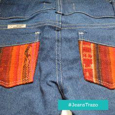 Jeans Trazo - Jeans con aplicaciones de manto andino