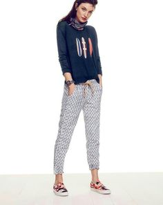 dfb2377069a JUN  14 Style Guide  J.Crew women s linen surfboard sweater and pull-